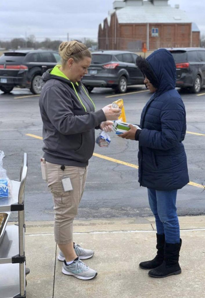 Coffeyville school lunch distribution
